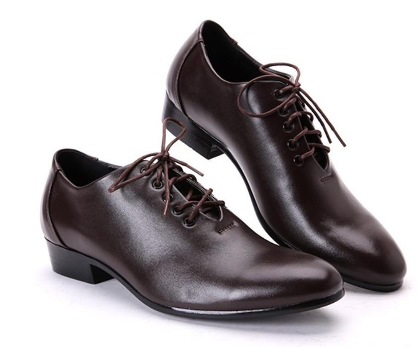 erkek ayakkabısı görmek