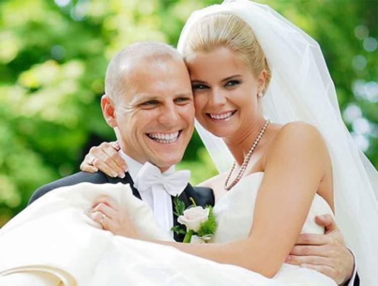 abiyle evlenmek