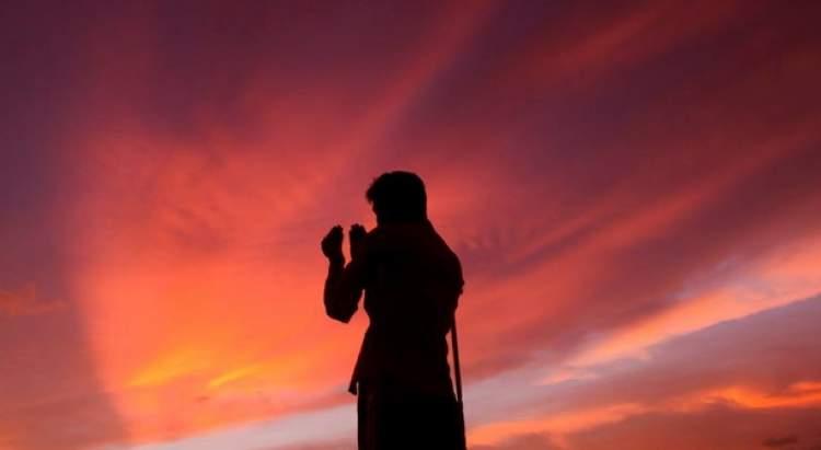 ağlayarak dua etmek