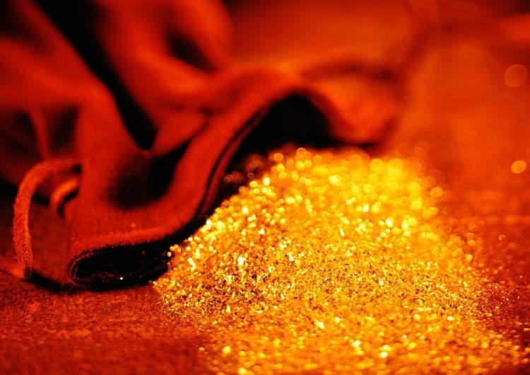 altın çaldırmak