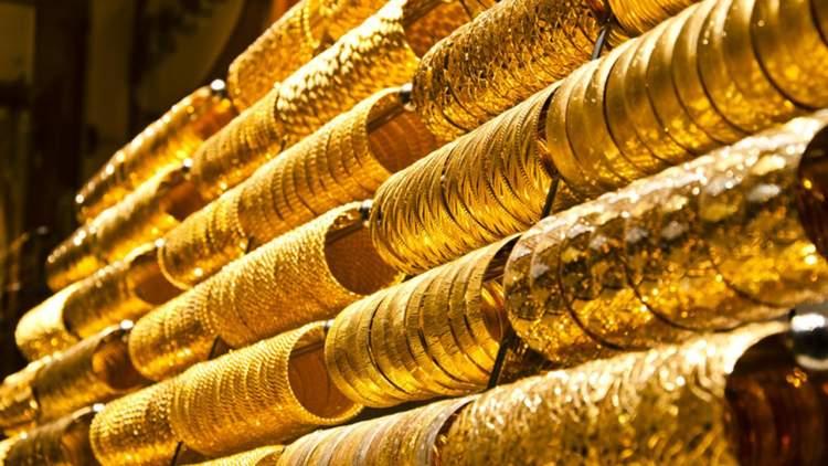 Rüyada Altın Takıldıgını Görmek