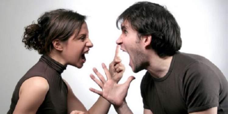 anne ile babanın kavga etmesi