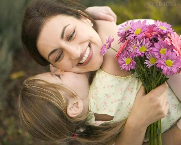 anneye sarılıp ağlamak