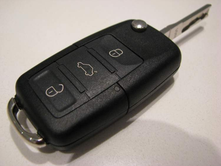 Rüyada Araba Anahtarının Kırılması