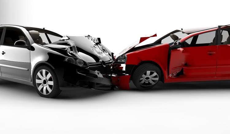 araba kazası görmek