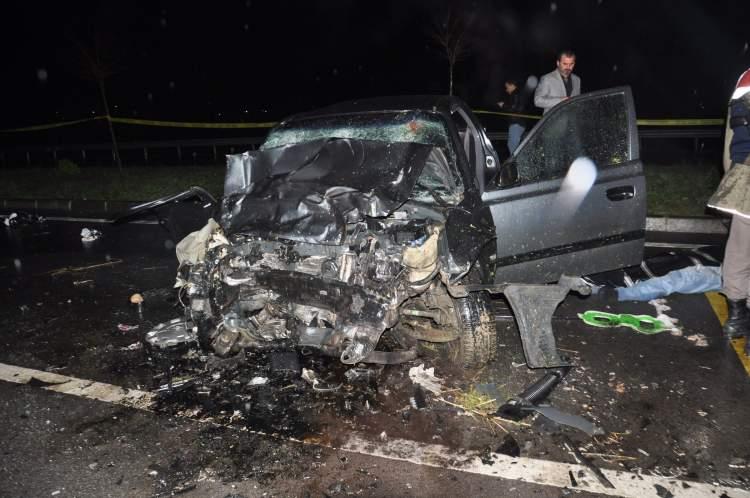 araba kazası yaptığını görmek