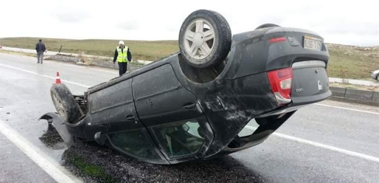 araba kazasından kurtulmak
