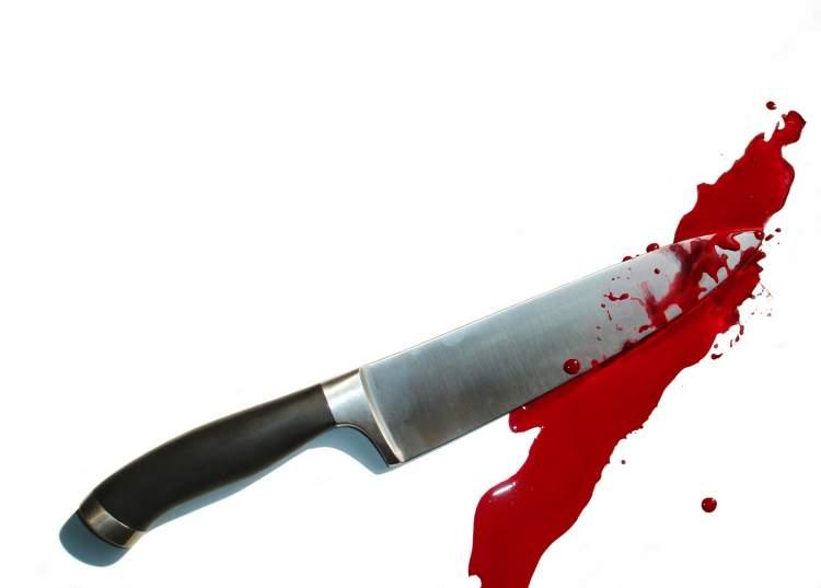 arkadaşının bıçaklandığını görmek