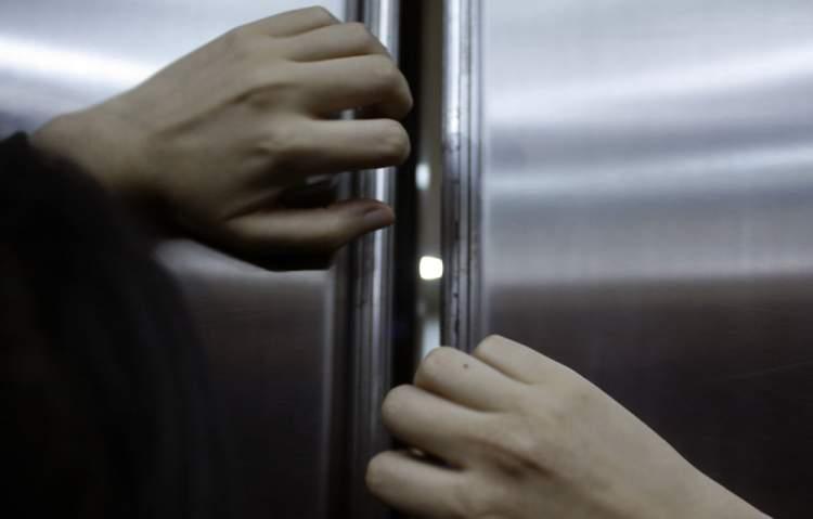 asansörde kalmak