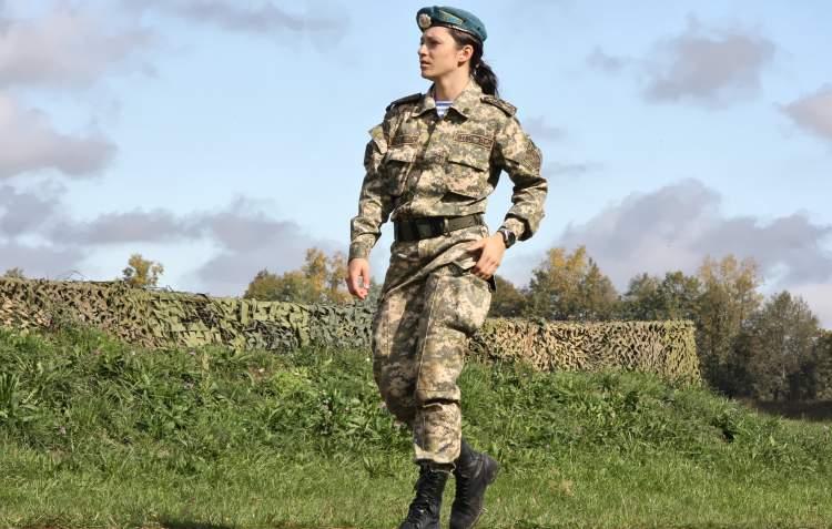Rüyada Askeri Üniforma Giymek