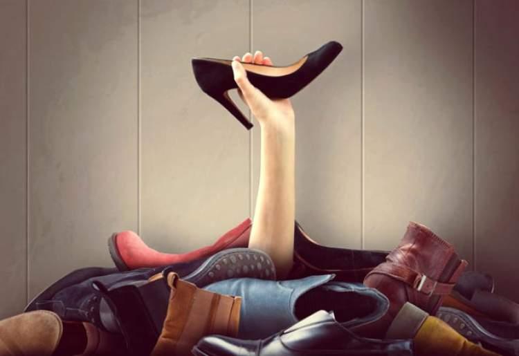 ayakkabı aramak