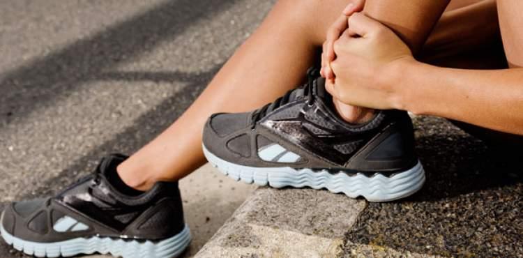 ayakkabı giymek çıkarmak