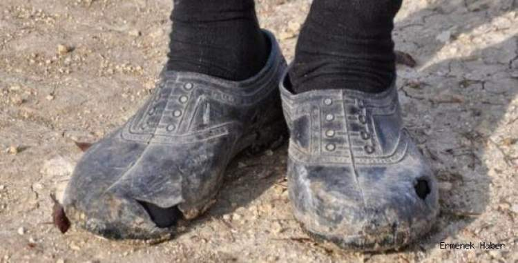 ayakkabı yırtıldığını görmek