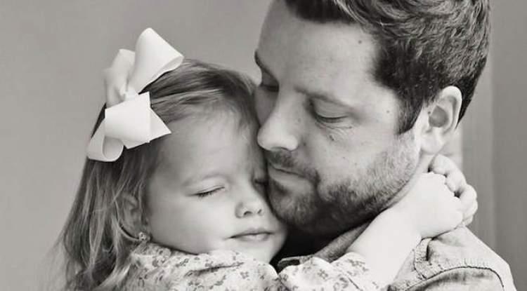 Rüyada Babanın Kızını Öpmesi