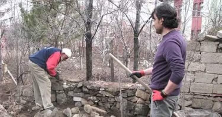 bahçe duvarının yıkılması