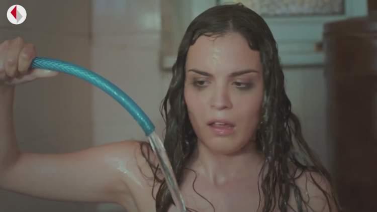 Rüyada Banyo Yapan Kadın Görmek