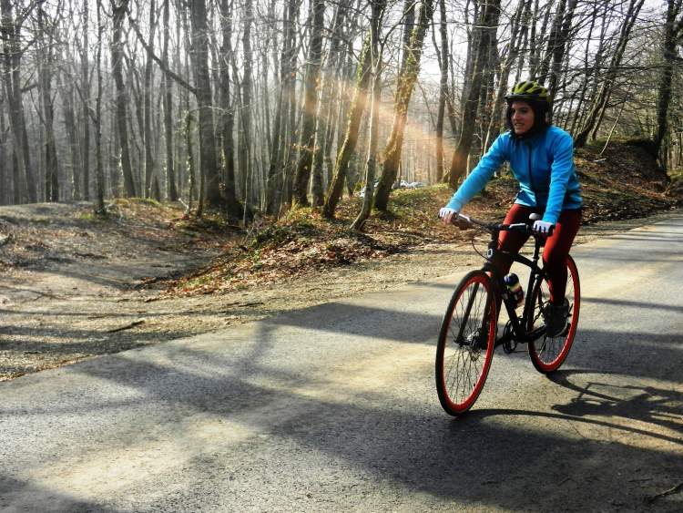 Rüyada Başkasının Bisiklet Sürdüğünü Görmek