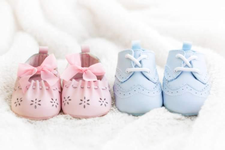 bebek ayakkabısı görmek
