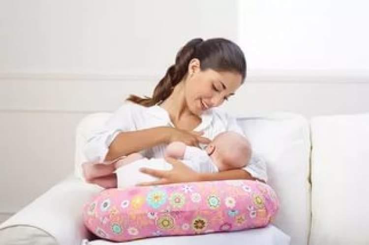 bebek doğurmak ve emzirmek