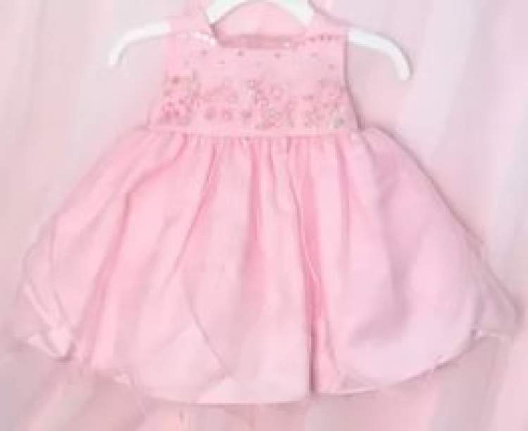 bebek kıyafeti hediye almak