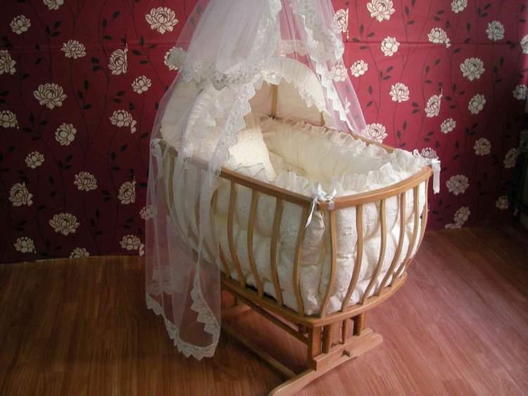 bebek yatağı görmek