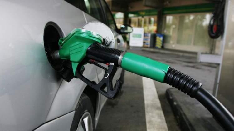 Rüyada Benzin Doldurmak