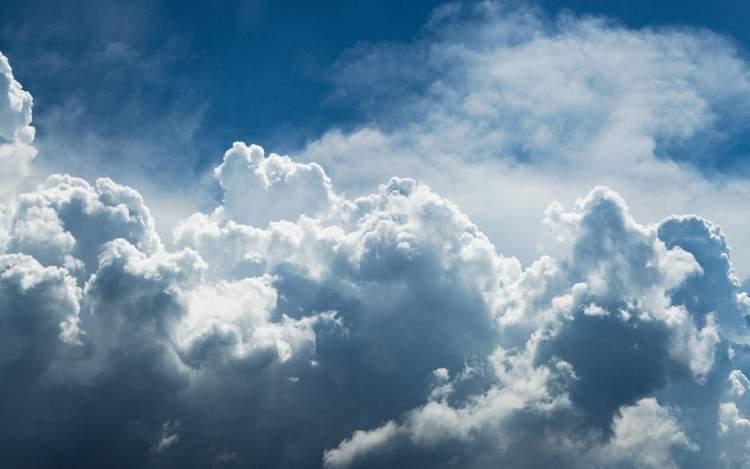 beyaz bulut görmek