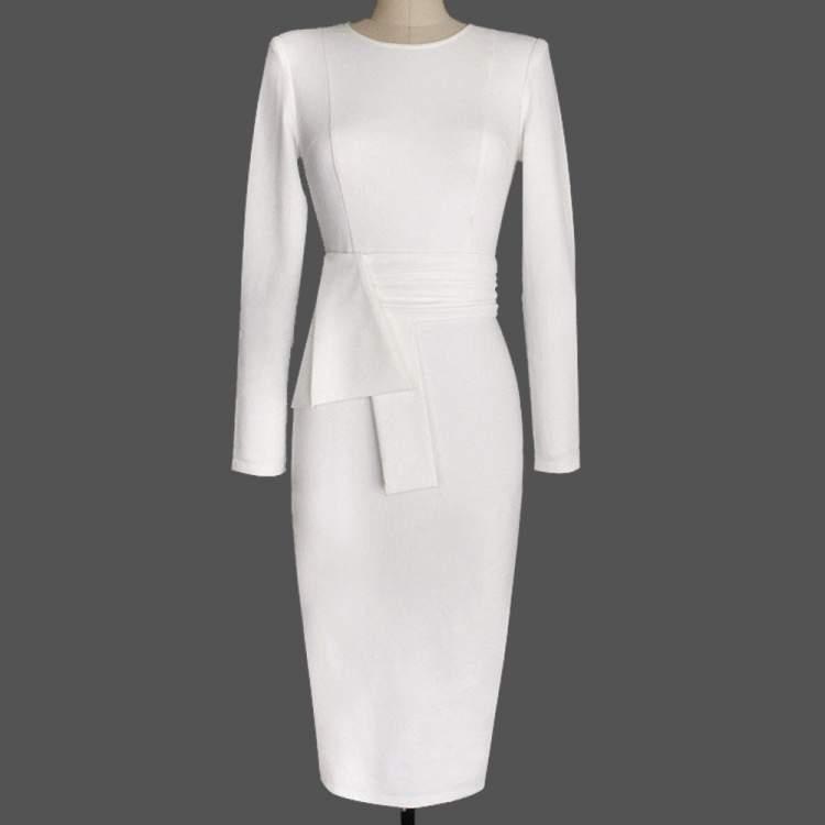 beyaz elbise giymek
