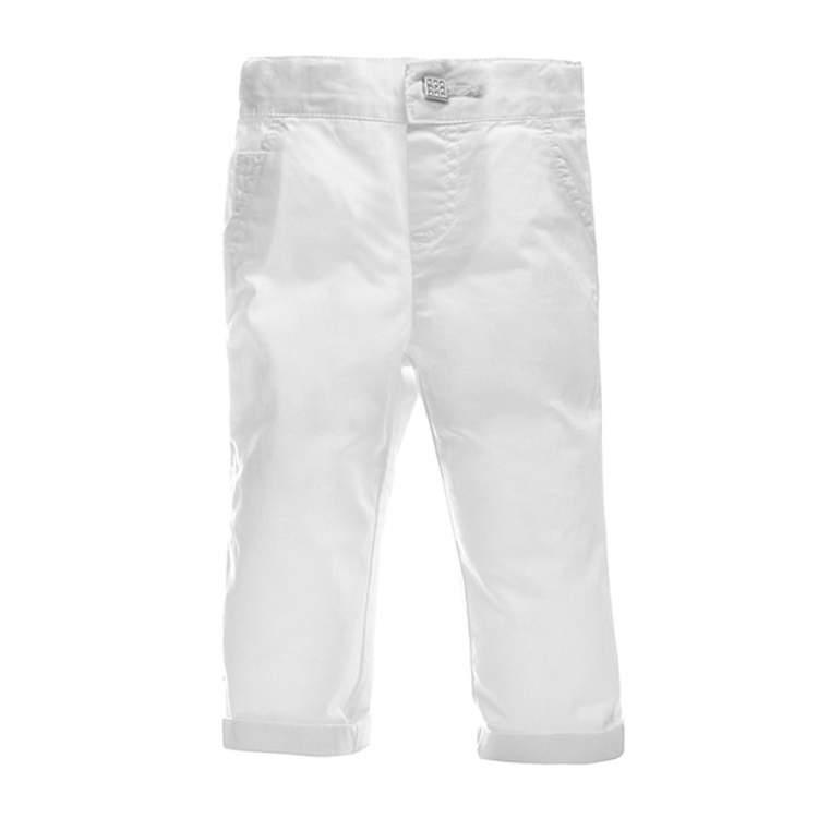 beyaz pantolon giymek