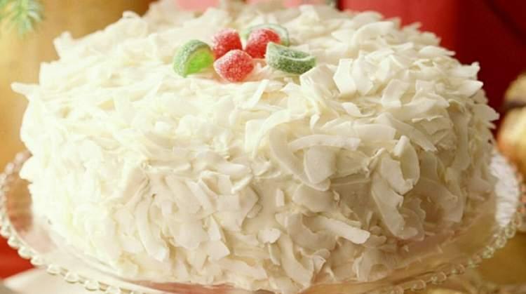 beyaz pasta görmek