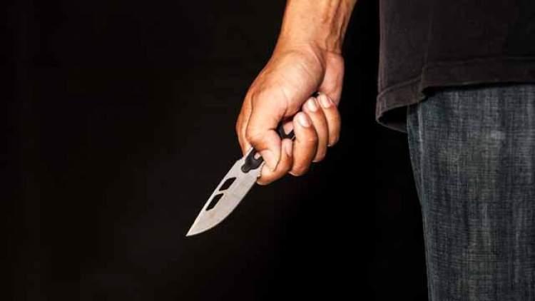 Rüyada Bıçakla Elini Kesmek