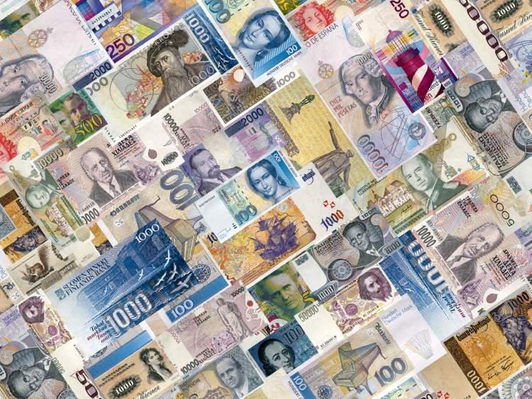 Rüyada Birine Kağıt Para Verdiğini Görmek