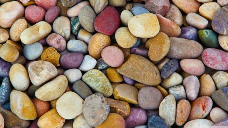 çakıl taşları görmek