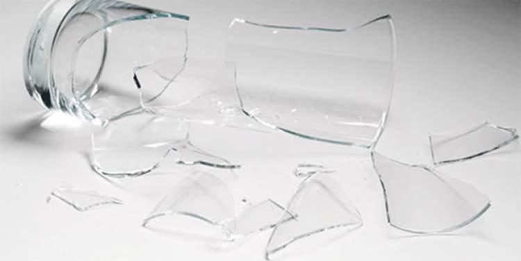 cam bardak kırmak
