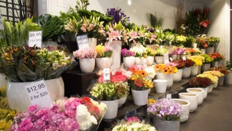 çiçekçi dükkanı görmek
