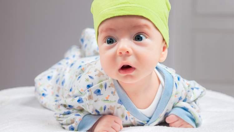 çıplak bebek görmek