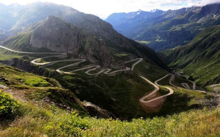dağ yolu görmek