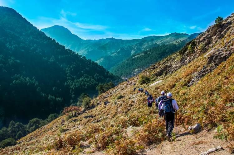 dağda yürümek