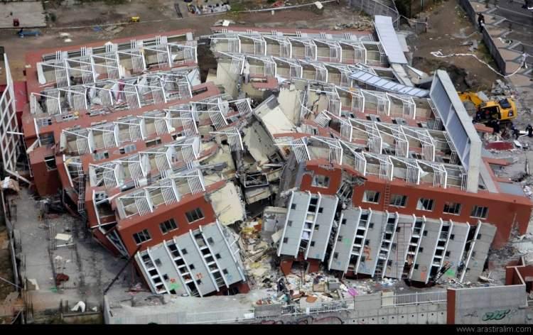 deprem anını yaşamak