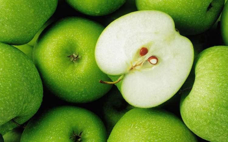 elma yediğini görmek
