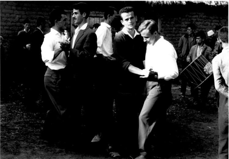 Rüyada Erkekle Dans Etmek