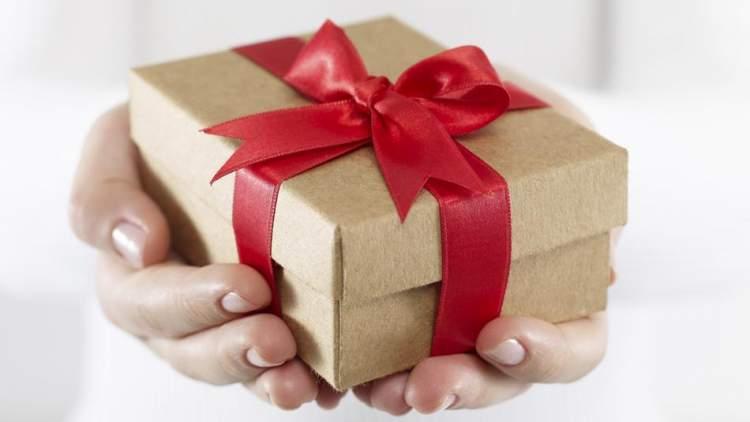 eşinden hediye almak