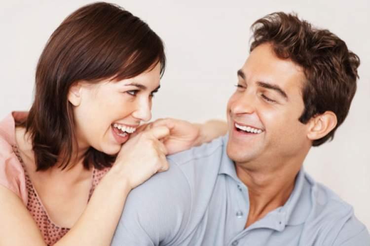 eşini başka bi kadınla görmek