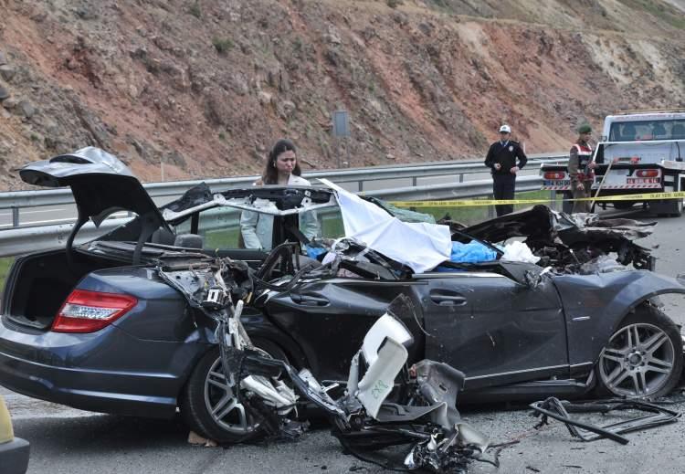 eşinin trafik kazası geçirdiğini görmek
