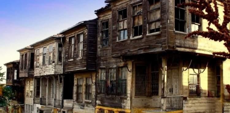 Rüyada Eski Bir Eve Taşınmak