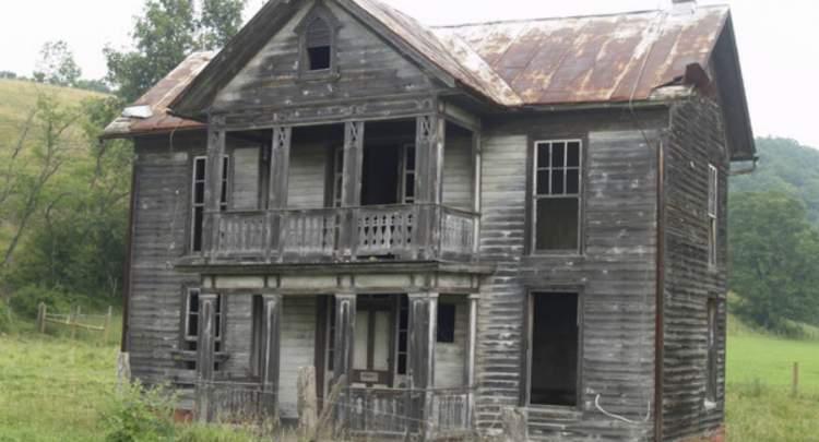 eski evi görmek
