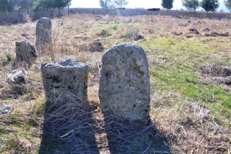 eski mezar görmek