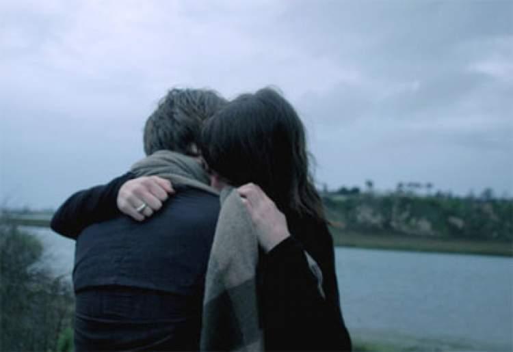 eski sevgiliye sarılmak