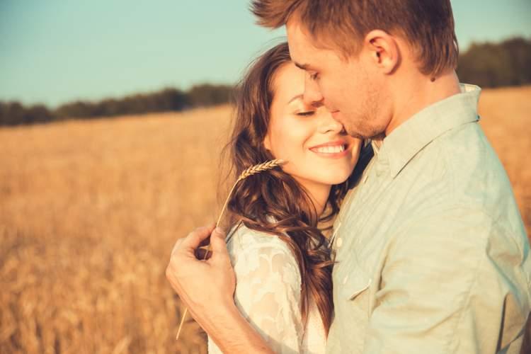 Rüyada Eski Sevgiliyi Görüp Ağlamak