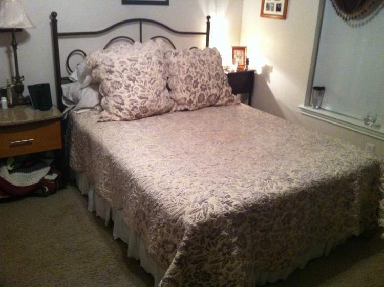 eski yatak görmek